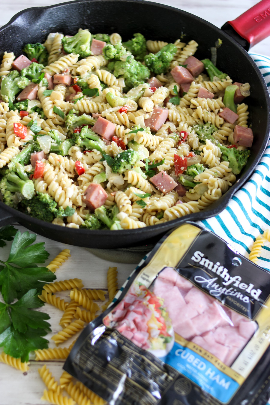 One-Pot Creamy Lemon Garlic Ham Pasta
